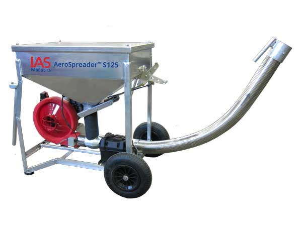 Aerospreader™ S125 aquaculture feeder mobile model with aluminum hopper, electric start gas engine and stainless steel flex hose
