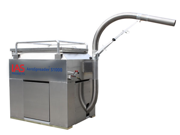 AeroSpreader™ S1000 aquaculture feeding system with Manual Periscope Feed Head™ and Feed Extension Tube