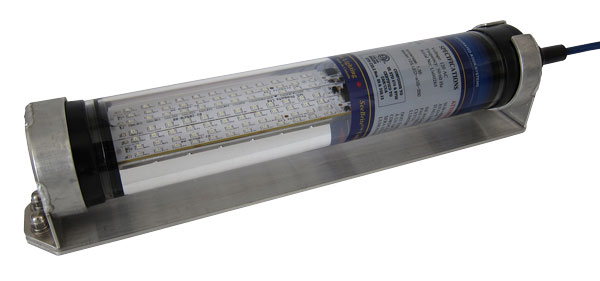 LED aquaculture light with stainless steel mount bracket