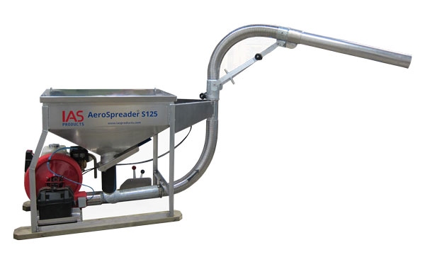 commercial fish feeder with manual periscoped feed head